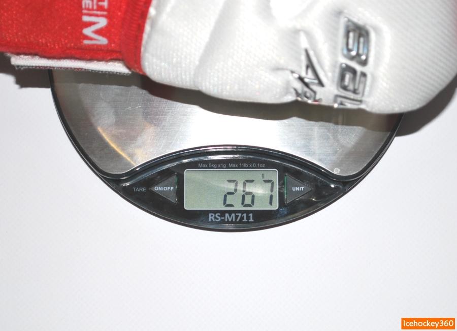 Вес налокотников Bauer Vapor APX2 в размере L.