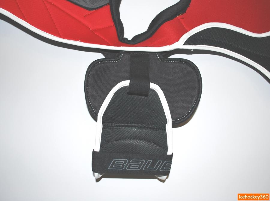 Крепление защиты бицепса к плечевой чашке.