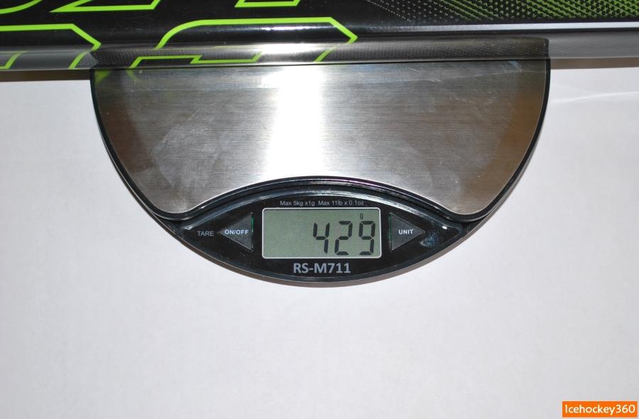 Вес клюшки CCM Ribcor Reckoner в версии 85 flex и 29 загибом.