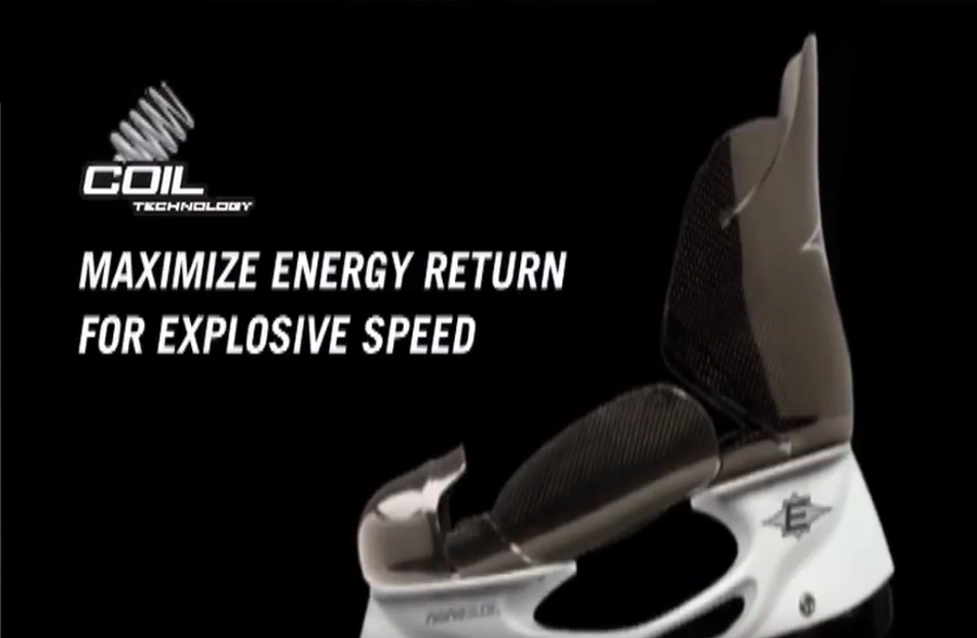 Ботинок имеет разрезную конструкцию для обеспечения эффекта пружины.
