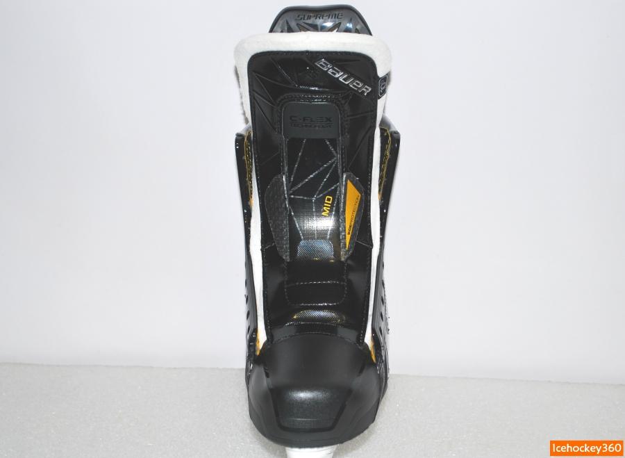 Пластиковая монолитная шнуровка имеет скрученную форму для лучшей фиксации подъема.