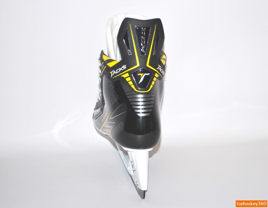 Анатомичное очертание внутренней стороны ботинка.