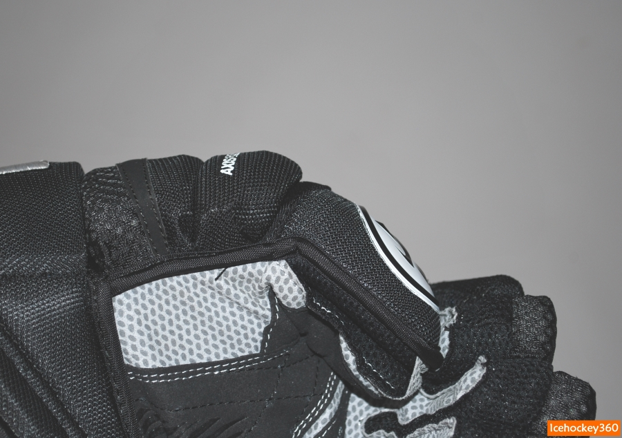 Сгиб большого пальца в перчаток Covert QR1.