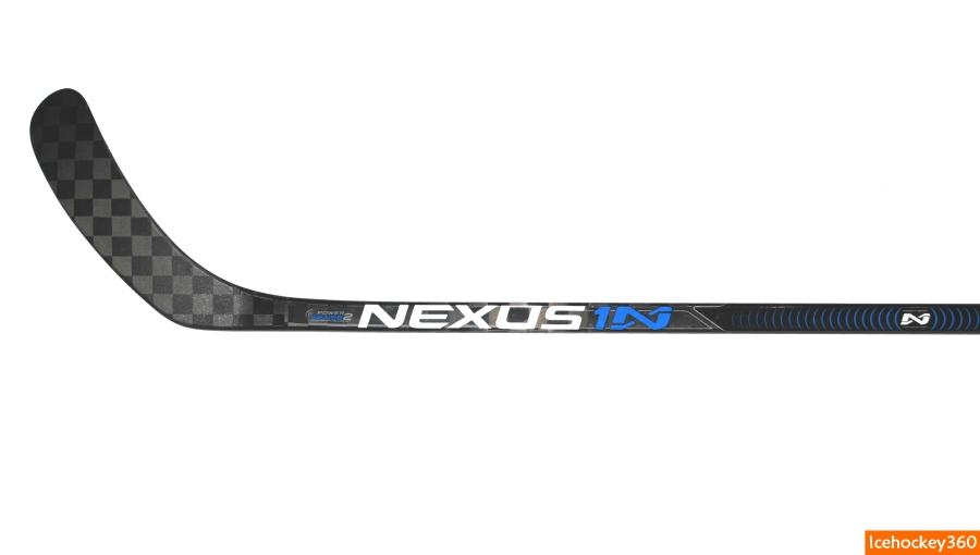 Клюшка Bauer Nexus 1N. Нижняя часть внешней стороны клюшки.